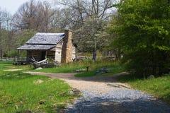 Het Huisvertoning van het berglandbouwbedrijf op Blauw Ridge Parkway Stock Afbeeldingen
