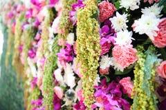 Het huwelijk van de bloemachtergrond stock foto