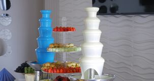 Het Huwelijk van de suikergoedbar, suikergoedbuffet, heerlijke Suikergoedbar bij een huwelijk Royalty-vrije Stock Afbeelding