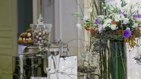 Het Huwelijksceremonie van ronde reiselementen stock footage