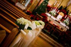 Het Huwelijksdecoratie van de kerkvakantie royalty-vrije stock afbeeldingen