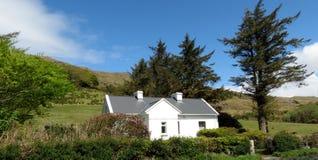 Het Ierse Plattelandshuisje van het Land royalty-vrije stock afbeelding