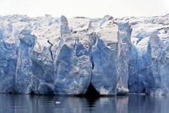 Het ijs van de gletsjer stock afbeeldingen