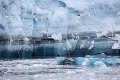 Het Ijs van de Gletsjer van Hubbard - onnoemelijke jaren van geschiedenis Stock Foto's