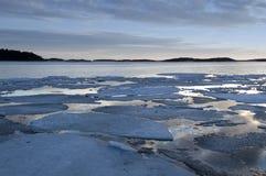 Het ijs verdeelt Stock Foto's