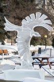 Het ijsbeeldhouwwerk van de kraaiadelaar in Ottawa ` s Winterlude stock fotografie