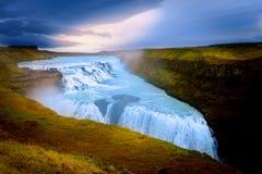 Het Ijslandse landschap van Gullfosswaterfal stock afbeeldingen