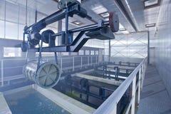Het ijzer en het staal worden beschermd door hete te galvaniseren royalty-vrije stock foto
