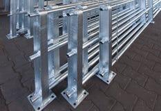 Het ijzer en het staal worden beschermd door hete te galvaniseren stock foto