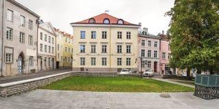Het inbouwen van de oude stad van Tallinn, Estland Stock Foto