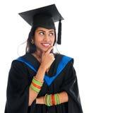 Het Indische gediplomeerde student denken Stock Afbeeldingen