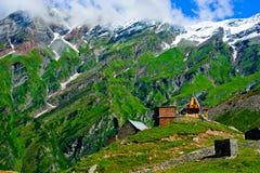 Het Indische landschap van Himalayagebergte stock fotografie