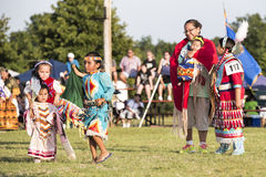 Het Indische Moeder en familie dansen Stock Foto