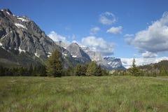 Het ingaan van Gletsjer Nationaal Park van de kant van het oosten Stock Afbeeldingen