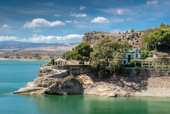 Het Ingenieurs` s Huis in Pantano DE Gr Chorro, Ardales, MÃ ¡ laga, Spanje stock fotografie