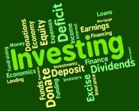 Het investeren van Word vertegenwoordigt Terugkeer op Investering en Tekst Royalty-vrije Stock Foto's