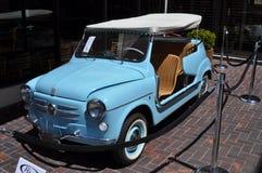 Het Italiaans 1960 Fiat 600 heel door Ghia klassieke auto Royalty-vrije Stock Fotografie