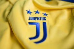 Het Italiaanse embleem van de voetbalclub FC Juventus Turijn Stock Foto's