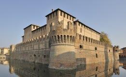 Het Italiaanse Kasteel van Moated royalty-vrije stock foto's