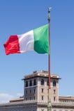 Het Italiaanse vlag blazen Royalty-vrije Stock Afbeelding