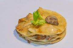 Het Italiaanse voedsel van Origina van paddestoellasagna's royalty-vrije stock afbeelding