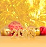 het jaar gouden cijfers van 2018 en Kerstmisdecoratie Royalty-vrije Stock Foto's
