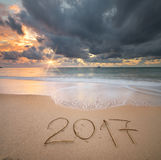 het jaar van 2017 op de overzeese kust Stock Afbeeldingen