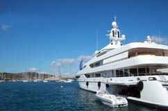 Het jacht van de luxe Stock Foto's