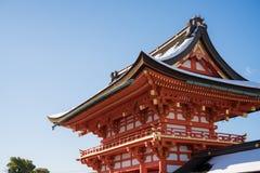 Het Japanse dak van tempelpoorten Stock Foto's