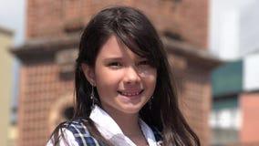 Het jeugdige Vrouwelijke Glimlachen Stock Foto's