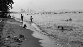 Het Jomtienstrand is een mooi zandig strand stock foto's