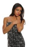 Het jonge Afrikaanse Amerikaanse vrouw stellen Stock Afbeelding