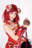 Het jonge Aziatische meisje kleedde zich in cosplay kostuum Stock Afbeelding