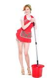 Het jonge huisvrouw schoonmaken op wit Stock Afbeelding
