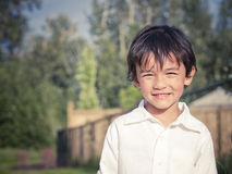 Het jonge jongen glimlachen royalty-vrije stock fotografie