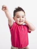 Het jonge jongen spelen Royalty-vrije Stock Foto's
