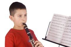 Het jonge jongen spelen royalty-vrije stock afbeelding