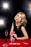 Het jonge meisje spelen in het gokken Royalty-vrije Stock Foto