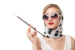 Het jonge modieuze vrouw stellen, het retro stileren Stock Foto's