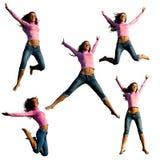 Het jonge mooie meisje springen. Stock Foto's