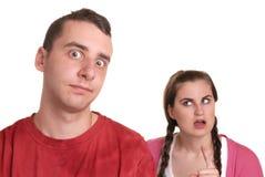 Het jonge paar debatteren Stock Fotografie