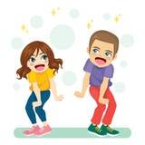 Het jonge Paar Gelukkig Dansen royalty-vrije illustratie