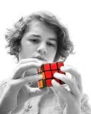 Het jonge volwassen probleem oplossen stock foto