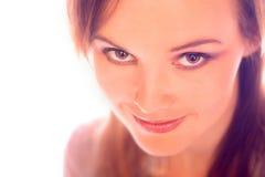 Het jonge vrouw glimlachen royalty-vrije stock fotografie