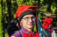 Het jongenslid van de Poolse volksdans GAIK in traditioneel kostuum Royalty-vrije Stock Afbeelding
