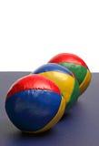 Het jongleren met van het leer ballen stock afbeelding