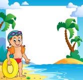 Het kader van het strandthema met kleine zwemmer Stock Foto's