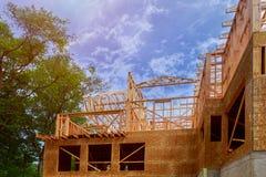 Het kader van het huishout voor een het vorderen huis een nieuwe ontwikkelingshout stock afbeeldingen