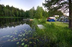 Het Kamp van de oever van het meer stock foto's