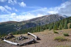 Het Kampeerterrein van de berg Stock Afbeelding
